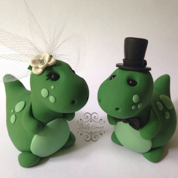 dinosaur wedding cake dinosaur wedding cake topper handmade 13530