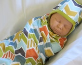 Organic Baby Swaddle Blanket and Matching Pilot Hat, Chevron Slices Print, Hospital Hat and Swaddle, Baby Blanket