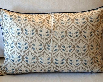 Warner Fabrics Zimmer and Rhode Vanessa Pillow Cover. Blue, Beige and White Organic Print. Hand screened linen featured in Southern Living