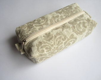 Linen box pouch with zipper, Boxy pouch, Cosmetic pouch, Make Up Pouch, Pencil case, Pencil box pouch, Toiletery bag, Travel bag