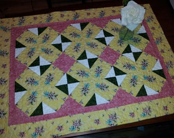 Easy Kaleidoscope Quilt Pattern. Table Topper or Baby/Lap Mayflowers