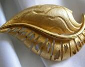 Brushed Gold Tone Reticulated Cut Work Leaf Motif Brooch Pin - Signed JJ (Jonette) - Vintage