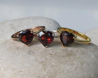Heart Garnet Ring- Red Gemstone Ring- Anniversary Rings- January Birthstone Ring- Solitaire Rings- Red Stone Ring- Gemstone Ring