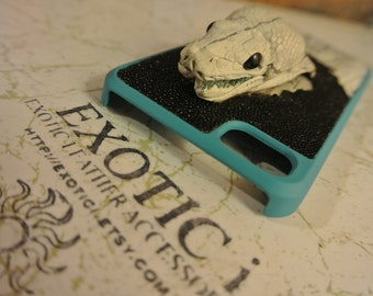 Leather iPhone 5/5s case Exotic Python Skin with Head and Stingray