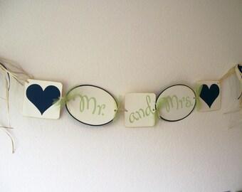 Wedding Banner- Mr & Mrs Wedding Banner - WeddingPhoto Prop
