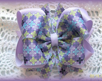 Lavender Hair Bow...Purple Hair Bow....Girls Hair Bow....Toddler Hair Bow....Infant Hair Bow