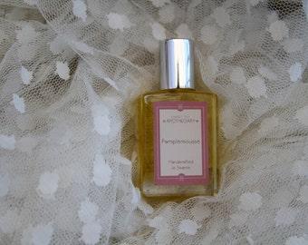 15ml - La Reine Antoinette Perfume Oil - Rose, Moss, Jasmine & Bergamot