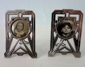 French Art Deco Matching Pair Antique Photo Picture Frames in Good Condition with Original Glass and Posing Leg - AMAZING DECO DETAILS
