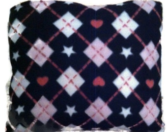 Quillow fleece throw blanket with hearts and stars, couch quilted throw blanket, lap quilt, car blanket