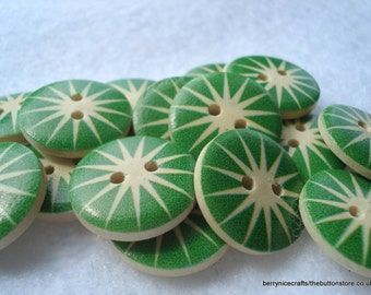 18mm Wood Buttons Cream with Green Star Burst Print Pack of 15 Green Buttons W1801