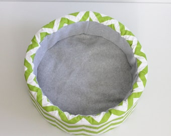 "Lime and White Chevron 12"" Self Warming Cat Bed"