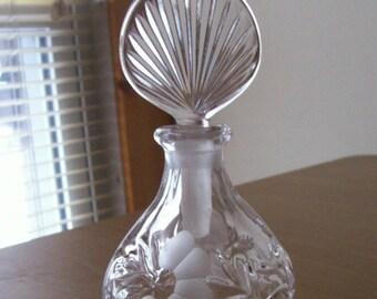 Vintage VICTORIAN REVIVAL Cut & Etched Floral Crystal Glass Perfume BOTTLE with Molded Leaf Crystal Glass Stopper..Edwardian Nouveau