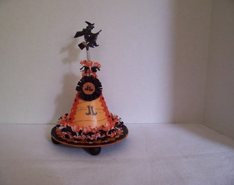 Vintage Style HALLOWEEN Candy/Gift Container- WITCH HAT with Flying Witch