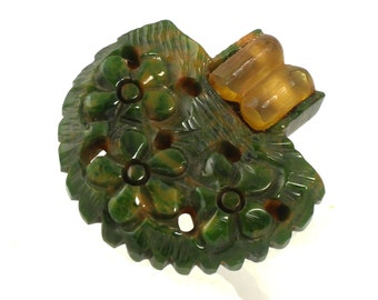 Bakelite Army Green Marbled Carved Dress Clip // 1930s to 1940s // Apple Juice Accent
