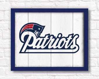 NEW ENGLAND PATRIOTS rustic handmade sign - Patriots wall sign for Boys room or Man cave decor - Boston sports fan Fathers Day gift for Dad