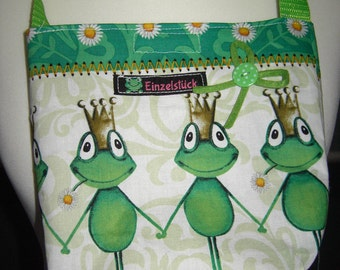 Bag with frog nursery