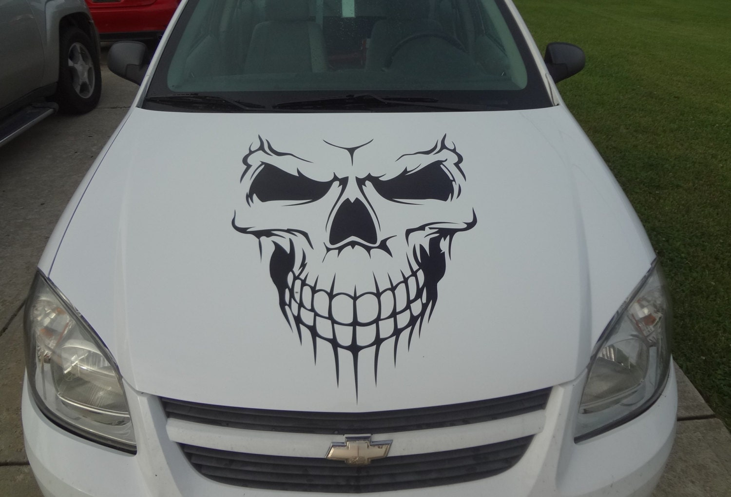 Car skull hood decal garage home decor wall hanging graphic for Automobile decorations home