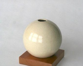 beige vase, ceramic and wood vase, Ceramic Vase, Flower Vase, Bud Vase, Pottery Vase, Modern, Mother's Days Gift, Wedding Gift, small vase