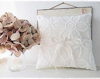 Sale White ring pillow cushion with white lace fabric natural rustic linen wedding pillow