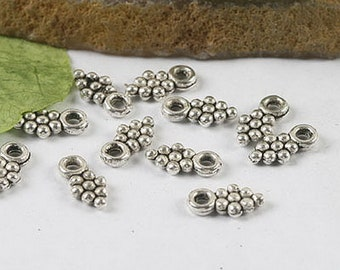 160Pcs Tibetan silver grape charm pendants h0295