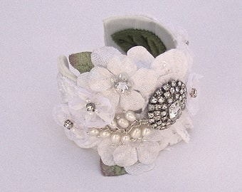 Bridal Cuff Bracelet In White WIth Cultured Pearls  And Crystals, Vintage Style Cuff, Lace Cuff, Wedding Cuff Bracelet