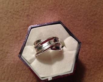 VIntage Sterling Silver Ring Size 6 1/2