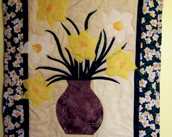 Bouquet of Daffodils Quilted Wall Hanging