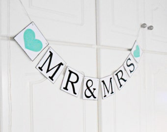 FREE SHIPPING, Mr & Mrs - Wedding Banner, Bridal shower banner, Engagement party decoration, Photo prop, Bachelorette party decor,Mint green