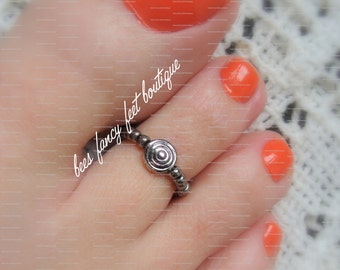 Toe Ring - Hematite - Circles in Circles Metal Coin Stretch Bead Toe Ring