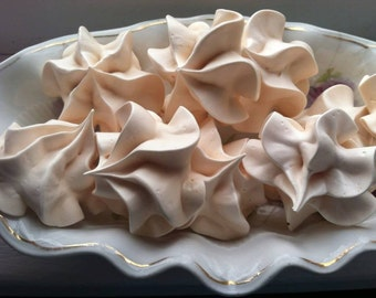 Meringue cookies - Gluten free and 15 calories per cookie.