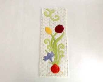 Wall hanging, Banner, Table Topper, Flowers in Felt, Beautiful Colors