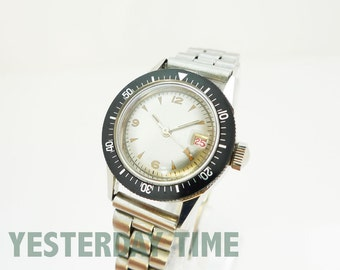 Nivada Ladies Divers Watch 1960's Swiss Made 21 Jewel Automatic Movement Stainless Steel Case