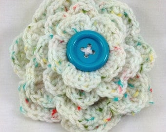 White Tweed Flower Brooch, White Tweed Flower Crochet Pin, Crochet Brooch, White Corsage