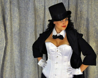 Zatanna Cosplay Costume: Cropped tail coat only.