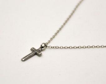 Birthday gift, cross necklace for men, groomsmen gift, men's necklace, silver cross pendant, silver chain, christian catholic necklace