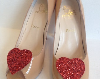 Red glitter heart shoe clip