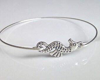 Seahorse Bangle, Seahorse Bracelet, Nautical Bangle, Seaside Bangle, Gifts for Girls, Bridesmaid Gifts, UK Seller, Bridesmaid Bracelet