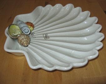 FF Fitz Floyd Shell  Serving Dish Coastal Inspired  handpainted shells