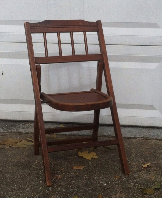 Vintage Wooden Child s Folding Chair