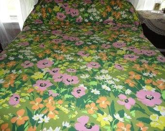 Floral Bed Spread Retro Vintage Full Size