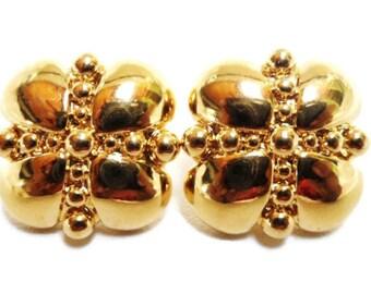 Vintage Gold Tone Napier  Flower Motif Earrings