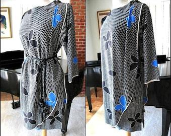 GUY LAROCHE Vintage Dress / made in France / fits S-M / 80s 1980s silk dress