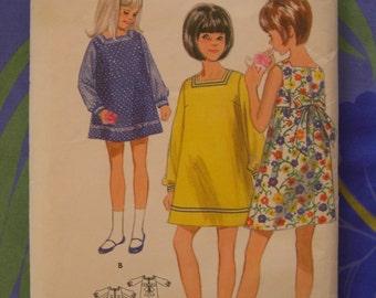 1960s KABUKI SASHED DRESS sewing pattern. Butterick #4655, Size 14.