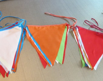 Garland Multi-color bunting pennants for birthdays or parties