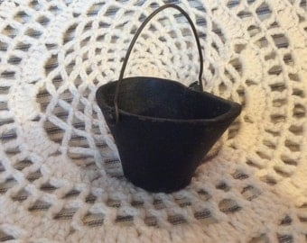 Vintage Mini Coal Hod.  Cast Iron.  Super cute. Great for paper weight.