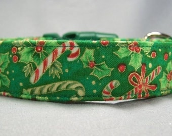Candy Canes and Holly on Green Christmas Dog Collar