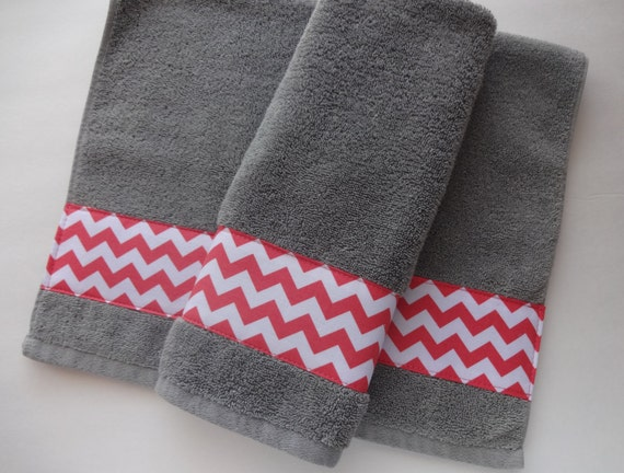 set of 2 coral and grey hand towels hand towels towel by augustave. Black Bedroom Furniture Sets. Home Design Ideas