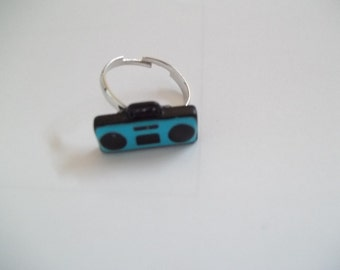 Retro Boom Box Ring