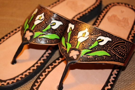 CallaLily Flower Brown Leather Mexican Shoes-Flip Flops-Sandals-Hippie-BOHO- Handmade Sandals- Tribal