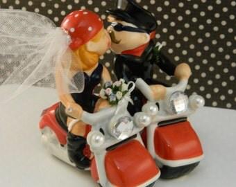 Hoggin' Bride and Groom on Motorcycles Cake Top / Custom / Wedding Cake Topper / Motorcycle Wedding Topper